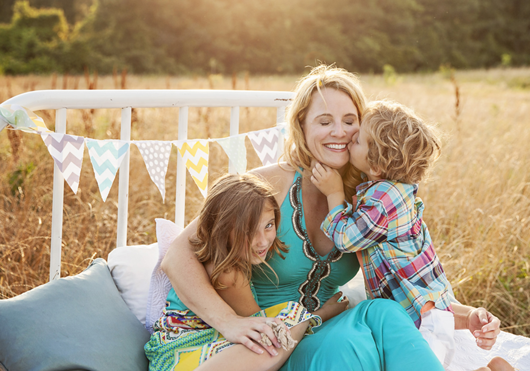 Outer Banks family photographer bed in field